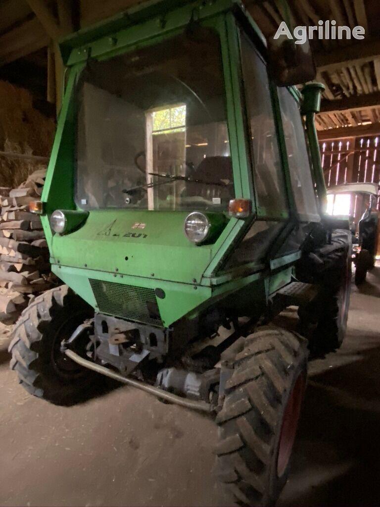 DEUTZ-FAHR INTRAC Radtraktor